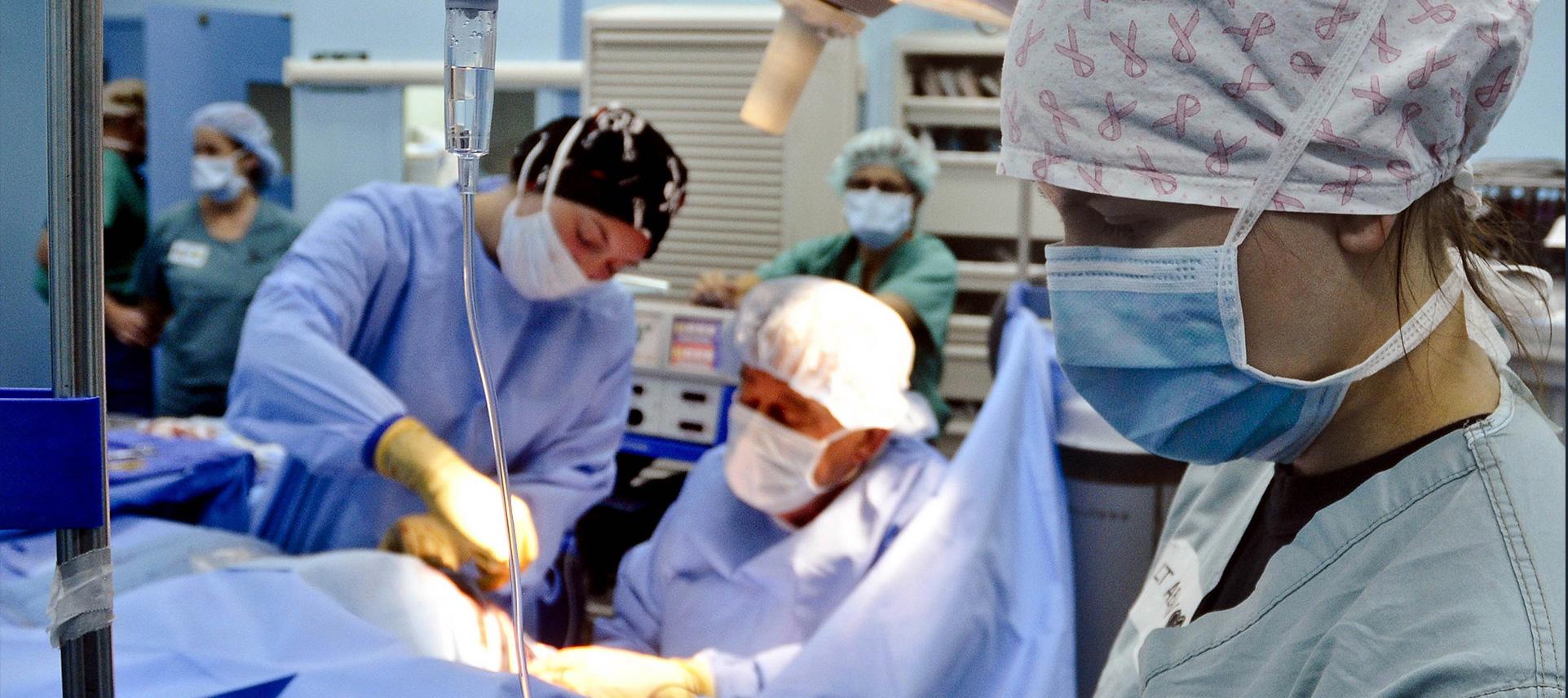 surgery-79584.jpg